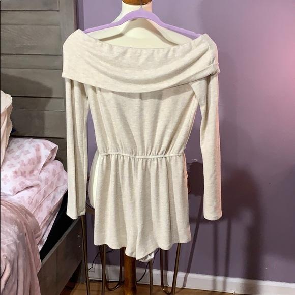 emory park Dresses & Skirts - NWT Emory Park Off the Shoulder Sweater Romper